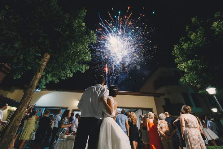 <br>Fuochi d'artificio per matrimonio, spettacolo pirotecnico in villa