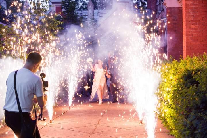 00010_fuochi-artificio-matrimonio-fontane-in-villa.jpg